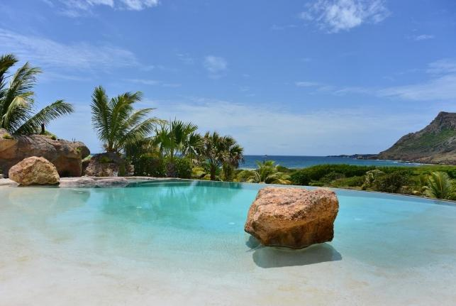 Villa la Roche Dans L'Eau St Barts Rental Villa la Roche Dans L'Eau - Image 1 - Anse Des Cayes - rentals