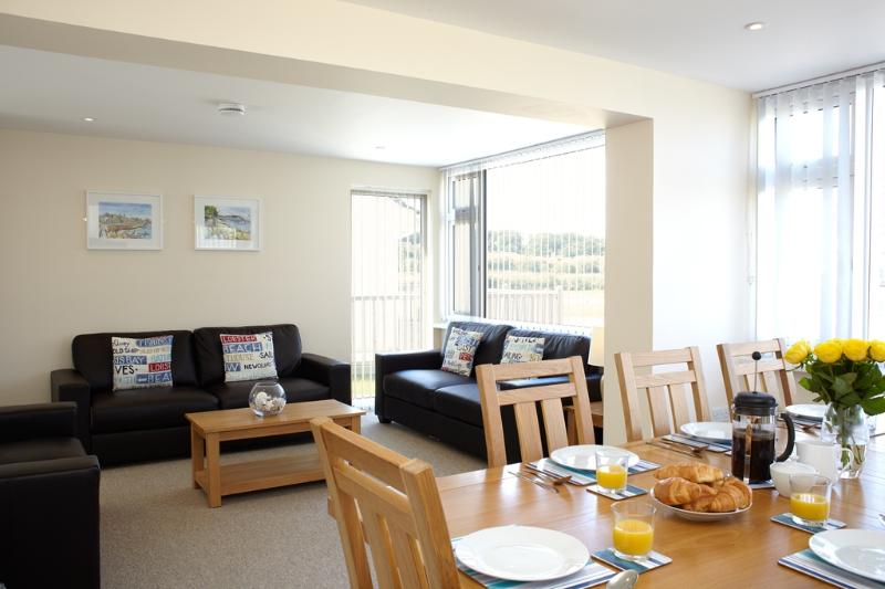 Oystercatcher Cottage 5 located in Seaview, Isle Of Wight - Image 1 - Seaview - rentals
