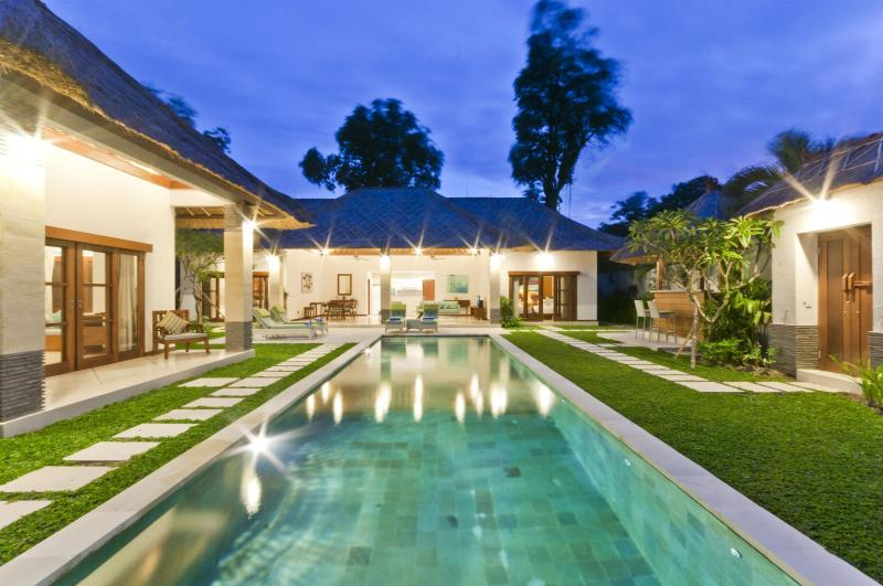 5/6 Bedroom Private Pool Villa Central Seminyak - Image 1 - Seminyak - rentals