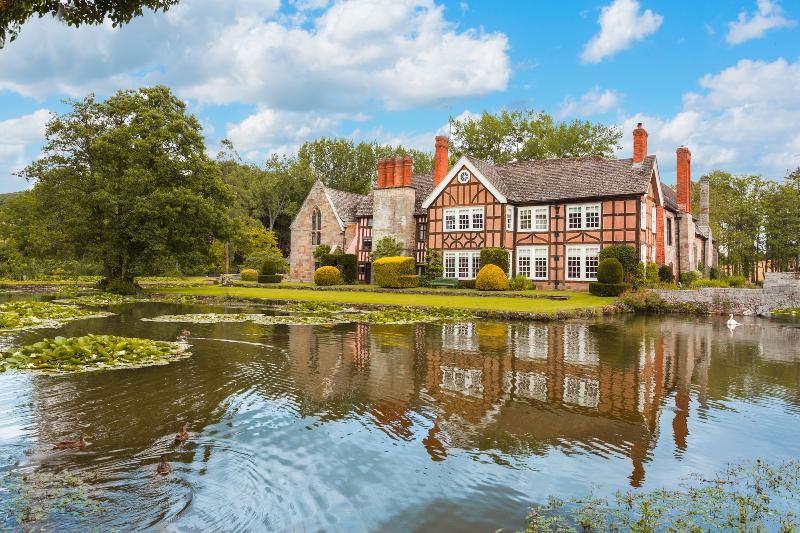 Tudor Courthouse Estate - Image 1 - Credenhill - rentals
