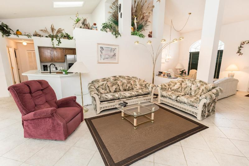 Living Room - Secluded Luxury Home w/ Oversize pool near Disney - Kissimmee - rentals