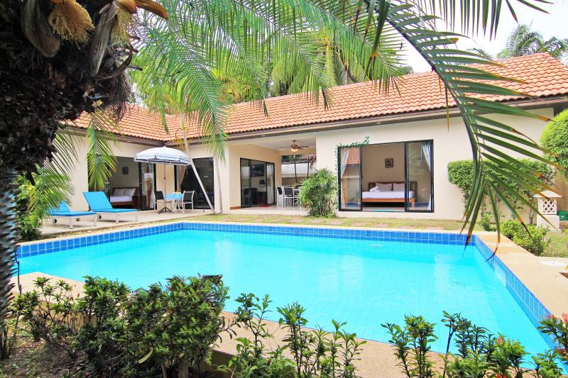 600M. from the beach, Talay Time Pool Villa - Image 1 - Pattaya - rentals