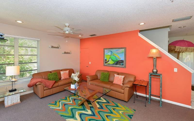 Living room - Honeymoon Suite - Siesta Key - rentals