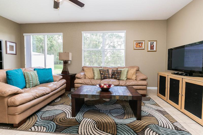Living Room - LAKE VIEW Compass Bay Condo,luxury & Gated,699$p/w - Kissimmee - rentals