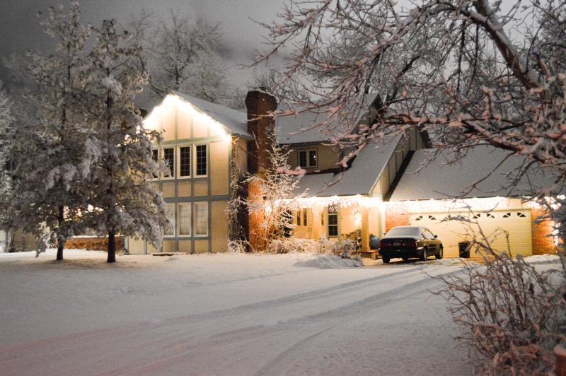 Broadmoor English Tudor -Winter dates from $238 - Image 1 - Colorado Springs - rentals