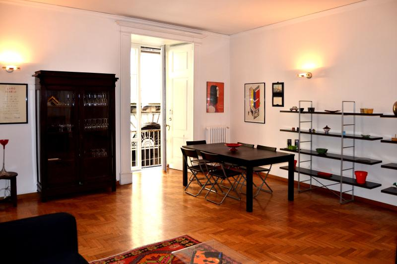 Bella Napoli,nice apartment in the heart of Naples - Image 1 - Naples - rentals