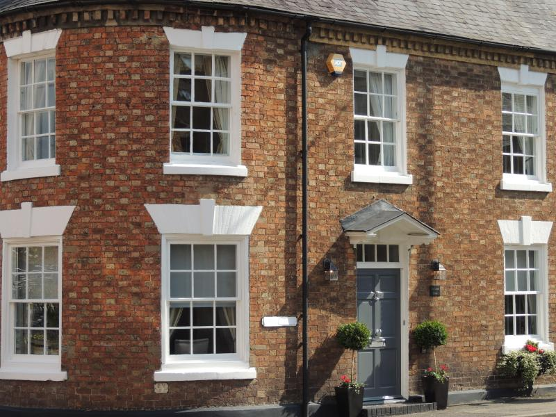 Period property close to Stratford & Cotswolds - Image 1 - Shipston on Stour - rentals