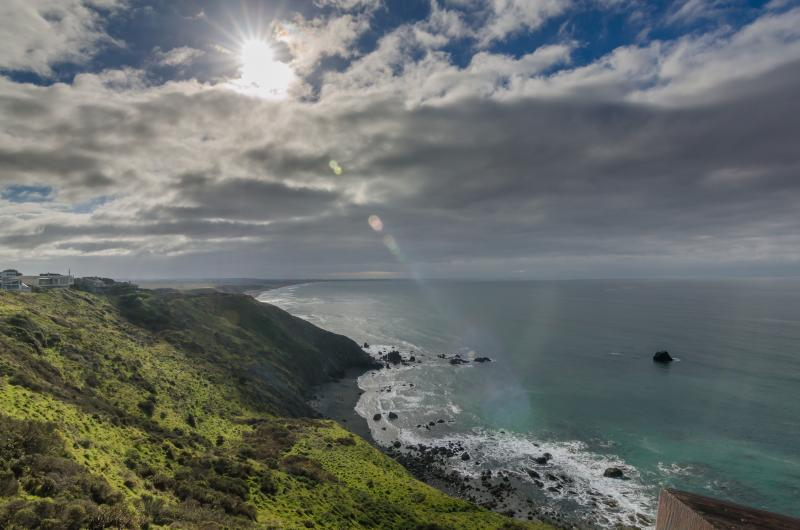 Spectacular sunrises and sunsets from our deck. - Irish Beach-Villa Mer-Mendocino Coast Oceanfront - Manchester - rentals