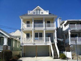Beach Block/ 2Decks/Off street parking - Image 1 - Ocean City - rentals