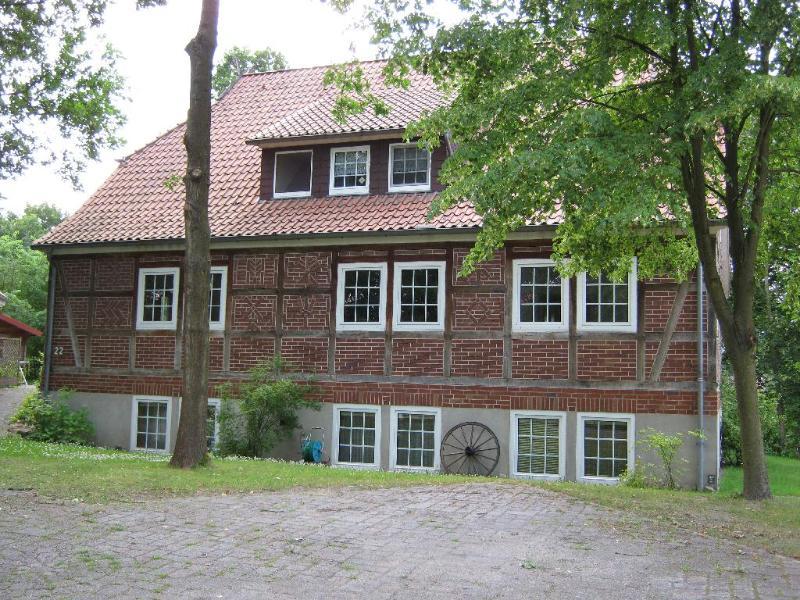 Vacation Apartment in Hösseringen - 1399 sqft, child-friendly, wireless internet, large property (#… #1221 - Vacation Apartment in Hösseringen - 1399 sqft, child-friendly, wireless internet, large property (#… - Suderburg - rentals