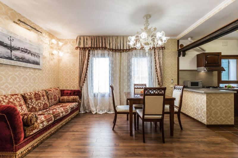 Ca' Vera - Lovely and relaxing one bedroom flat, air conditioning, Wi-Fi, in - Image 1 - Venice - rentals
