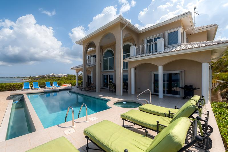 Lounge in Luxury - The Award-Winning 'Sun Cloud' - 5BR, Oceanfront Luxury Villa in Rum Point - Private Beach and Private Pool! - Rum Point - rentals