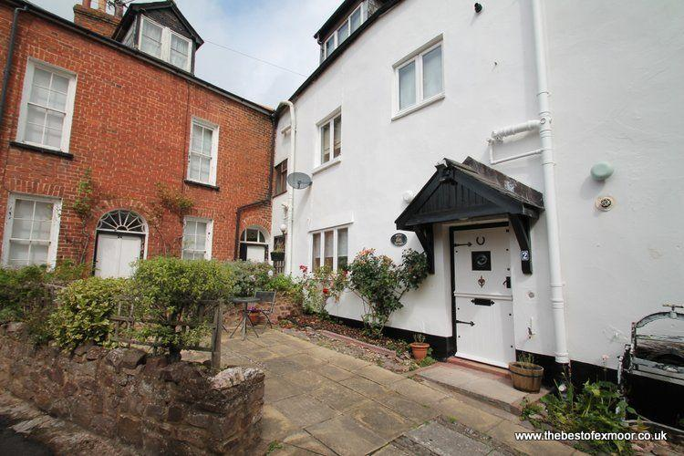 Priory Cottage, Dunster - Delightful cottage in the heart of Dunster - sleeps 4 - Image 1 - Dunster - rentals