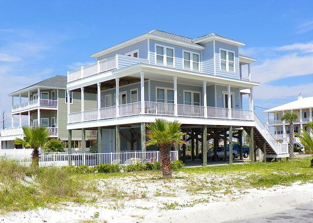 This beautiful home is steps away from the beach and offers lots of deck space and private pool. - Maldonado 500 - Pensacola Beach - rentals