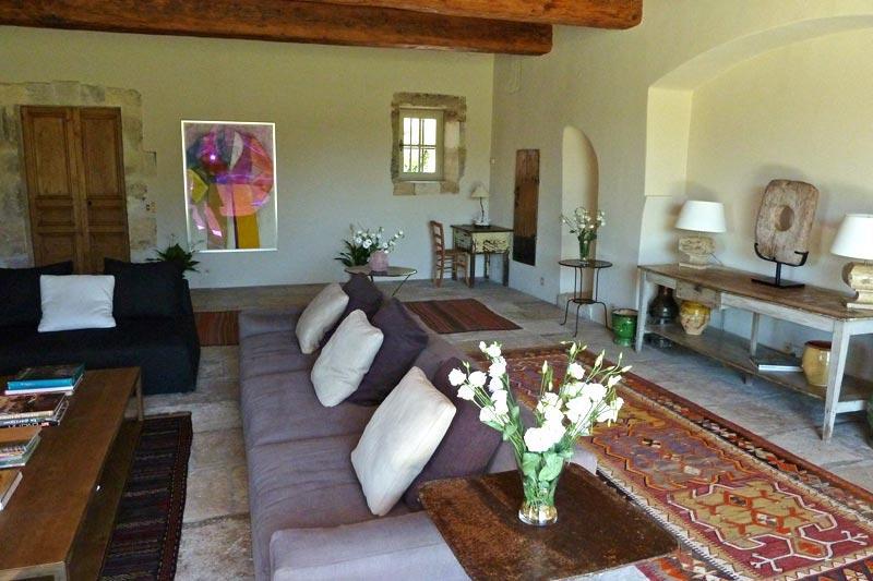 Family-Friendly Provence Farmhouse with Two Guest Houses - Le Mas de Bernadette - Image 1 - Eygalieres - rentals