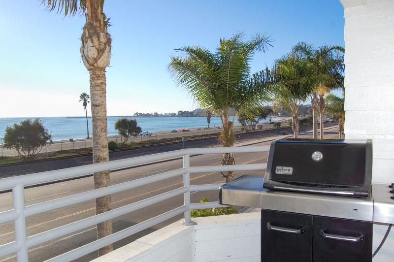 Heated pool, complimentary bikes, walk to Harbor - Image 1 - Capistrano Beach - rentals