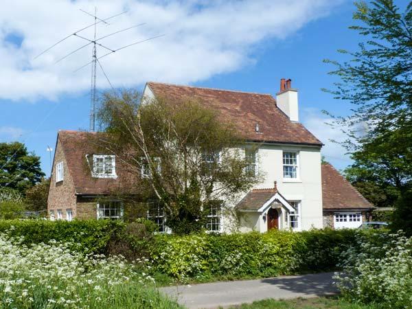 ROSEMOUNT, semi-detached, woodburner, lawned garden, walks from door, in Whitfield, Ref 921386 - Image 1 - Church Whitfield - rentals