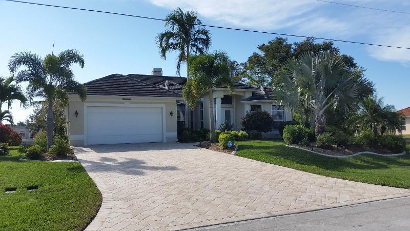 Front - Villa La Belle - Romantic Waterfront Home - Cape Coral - rentals