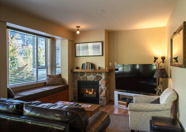 Gas fireplace and new flat screen TV Whistler vacation rental - Bear Lodge 404 - Central Whistler Village Stroll location, quiet side - Whistler - rentals