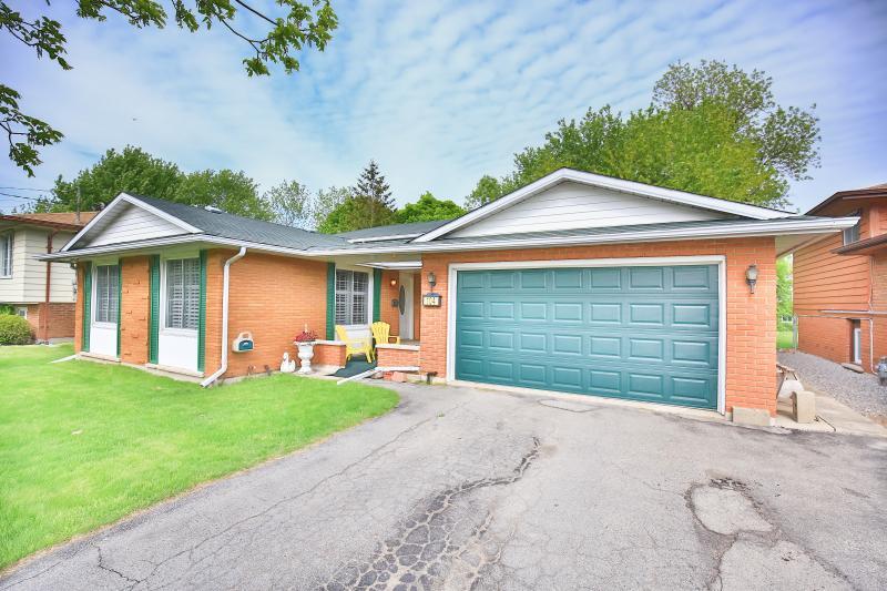 Parkview Home - Image 1 - Niagara Falls - rentals