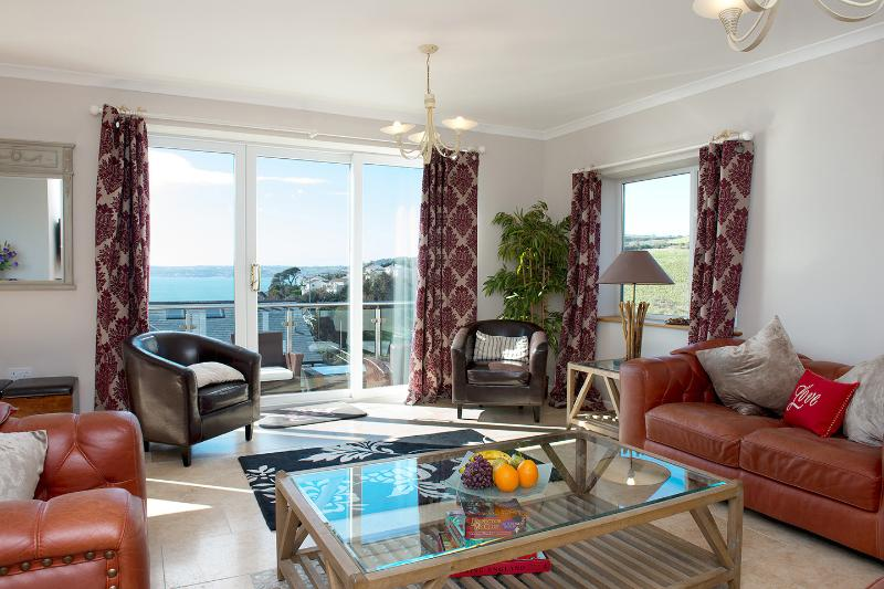 Looe Island View - Image 1 - Downderry - rentals