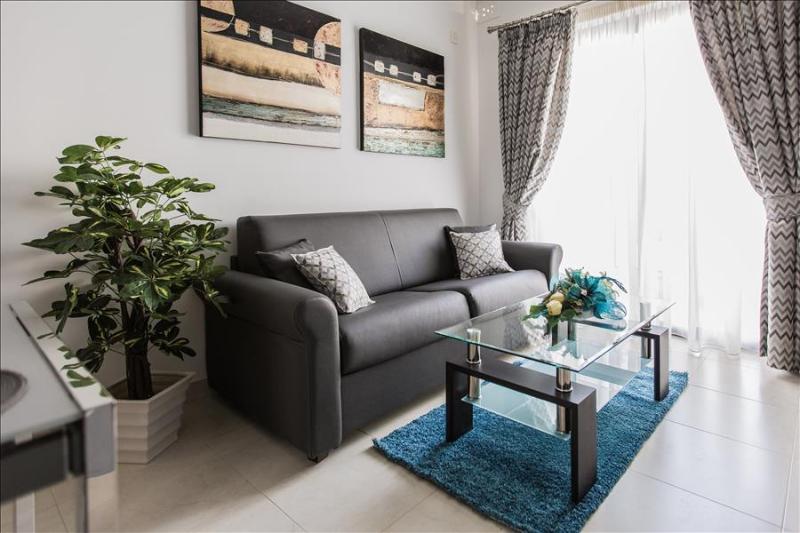 209 Comfort Double Bedroom Apartment - Image 1 - Marsascala - rentals