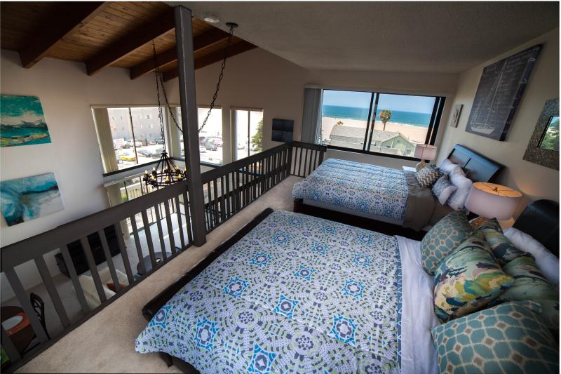 Venice Beach Oceanview Condo - Steps to the Sand! - Image 1 - Los Angeles - rentals
