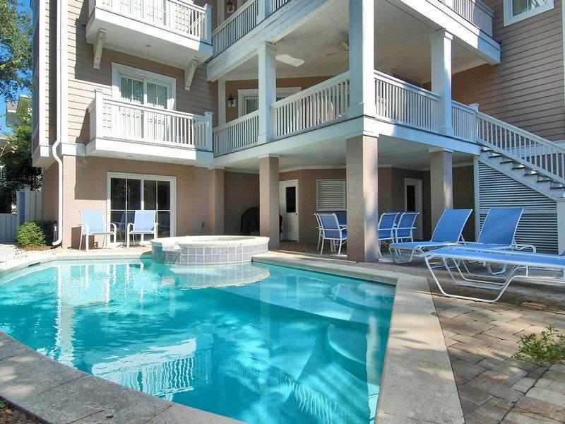 Pool Deck - Bayberry 7 - Hilton Head - rentals