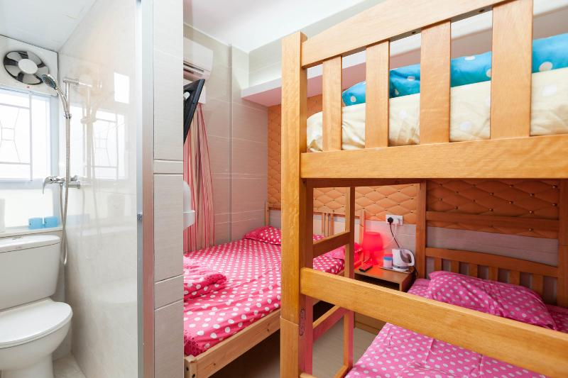 The Four Person Room - 3 Studio Rooms at Prince Edward - Hong Kong - rentals