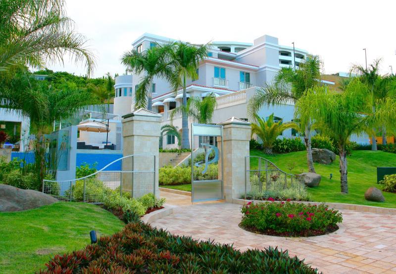 THE SOFIA MANSION Largest House in PR inside Wyndham Grand Resort Casino & Spa - Image 1 - Rio Grande - rentals