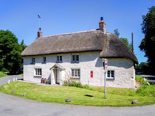 PRIORY COTTAGE, semi-detached, woodburner, parking, patio, pet-friendly, in Okehampton, Ref 925073 - Image 1 - Okehampton - rentals