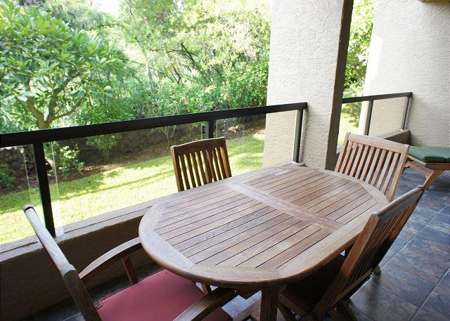 Lanai with Tropical Garden Views - Kona Pacific C319 - Kailua-Kona - rentals