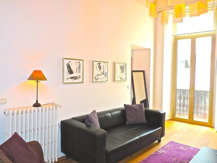 Le Cerf Delux 2 Bedroom Apartment Rental in Cannes - Image 1 - Cannes - rentals