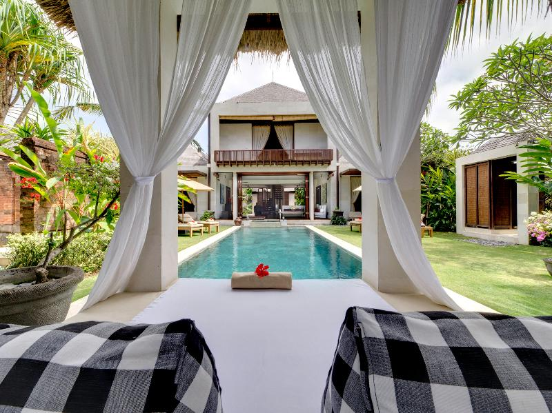 Majapahit - Villa Raj - View of villa from bale - Villa Raj - an elite haven - Ketewel - rentals