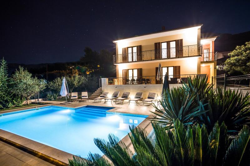 Split villa with pool 7 km from Split center - Image 1 - Split - rentals