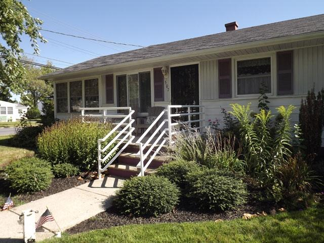 Pet Friendly, Walk to Beach 126787 - Image 1 - Cape May - rentals