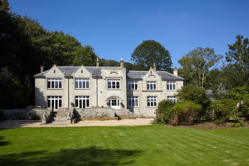 The Hermitage located in Ventnor, Isle Of Wight - Image 1 - Ventnor - rentals