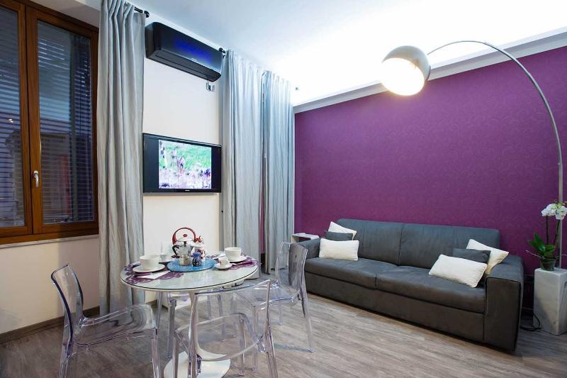 TRASTEVERE LUXURY DESIGN APARTMENT in the center! - Image 1 - Rome - rentals