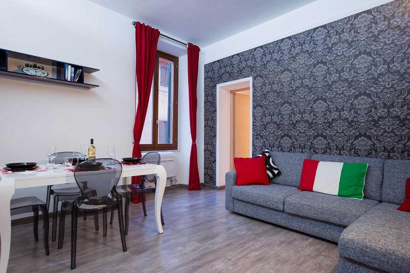 Trastevere Luxury Fab Apartment In The Center! - Image 1 - Rome - rentals