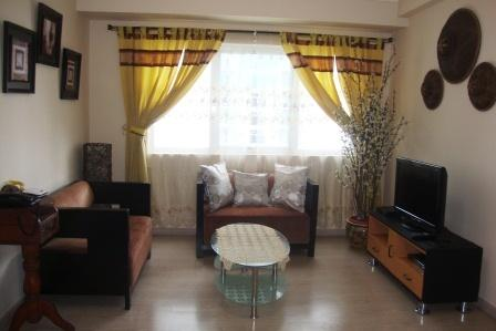 2B 2B Soma Next to SM Aura & Market with parking - Image 1 - Taguig City - rentals