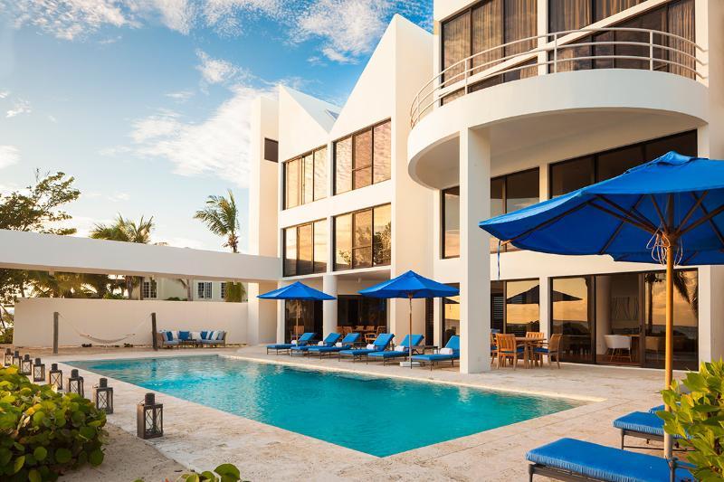 Antilles Pearl at Altamer, Sleeps 10 - Image 1 - West End - rentals