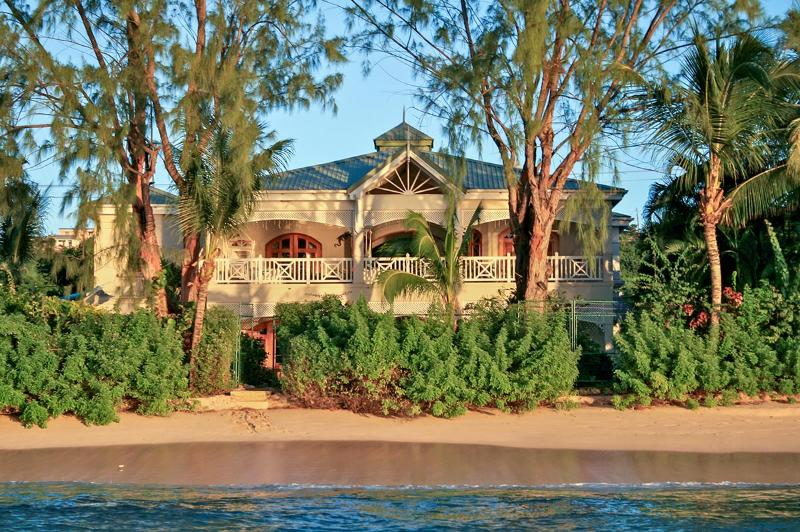 La Paloma, Sleeps 10 - Image 1 - Fitts Village - rentals