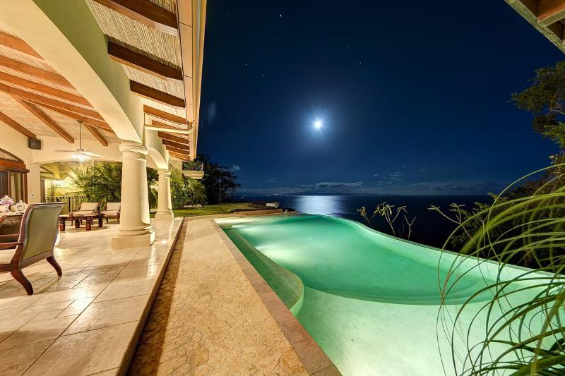 Villa Paraiso Montezuma, Sleeps 14 - Image 1 - Montezuma - rentals