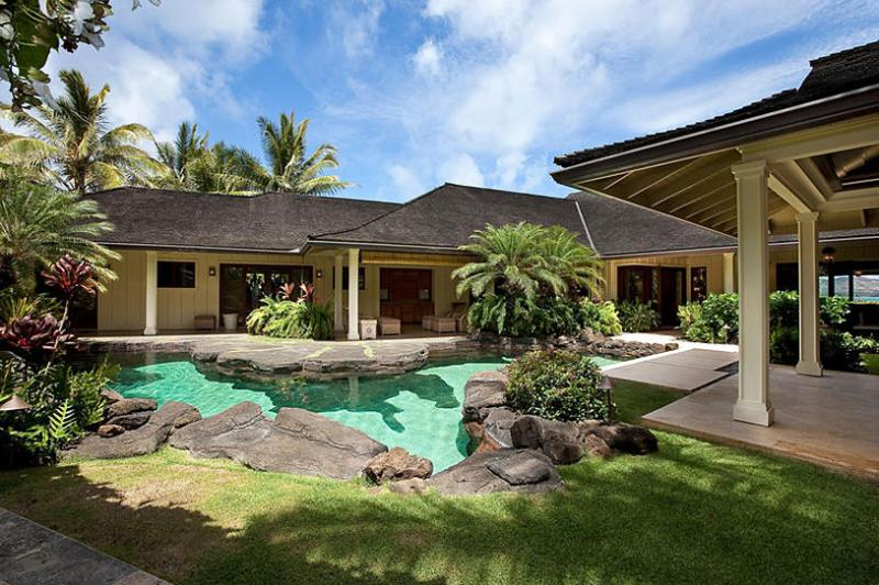 Plantation at Paradise Point, Sleeps 10 - Image 1 - Kailua - rentals