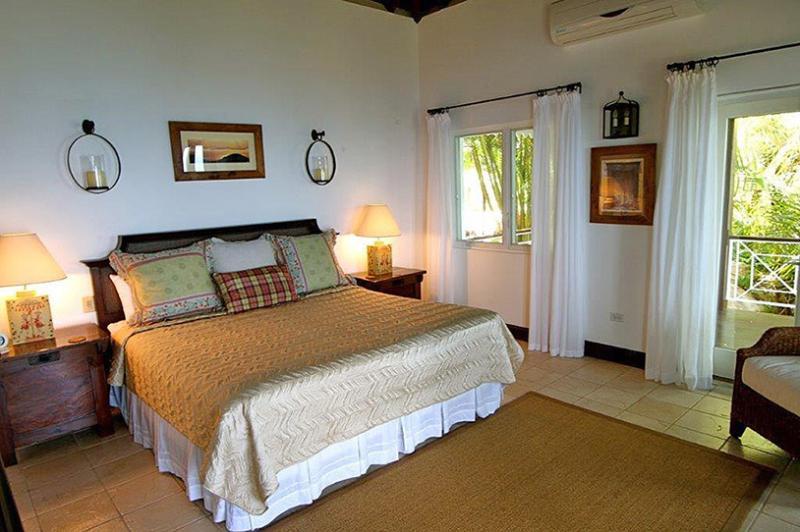 St. Bernard's Hill House, Sleeps 10 - Image 1 - Belmont - rentals