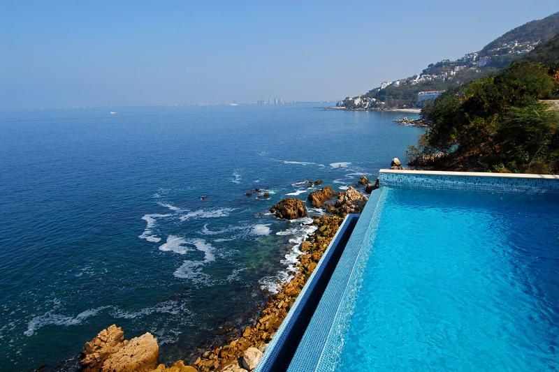 Villa Balboa, Sleeps 16 - Image 1 - Puerto Vallarta - rentals