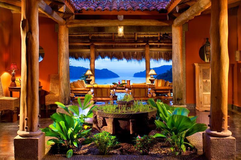 Casa Mono Loco, Sleeps 8 - Image 1 - Herradura - rentals