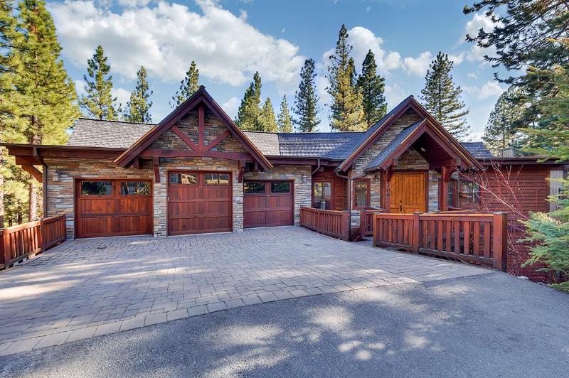 North Tahoe Vacation Estate, Sleeps 12 - Image 1 - Incline Village - rentals