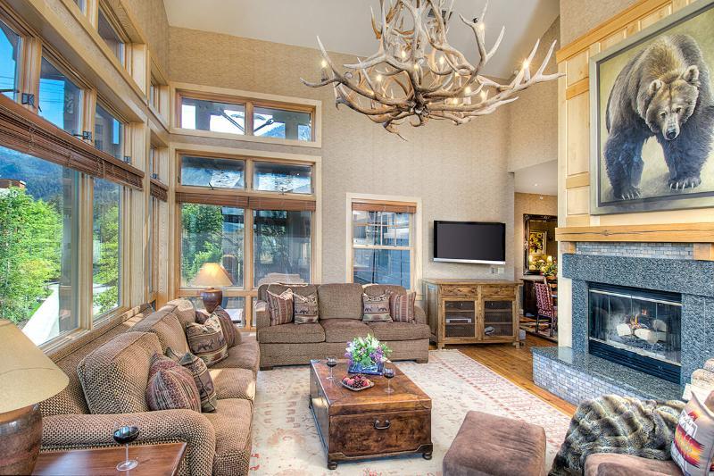 Cody House, Sleeps 8 - Image 1 - Jackson - rentals