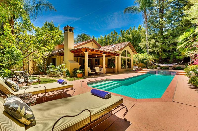 The Summit Sanctuary, Sleeps 8 - Image 1 - Beverly Hills - rentals